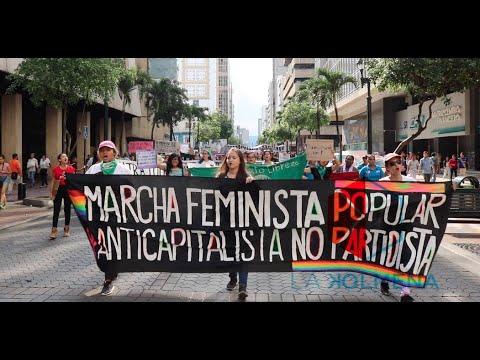 Multitudinaria marcha por el #8M #DíaInternacionalDeLaMujer